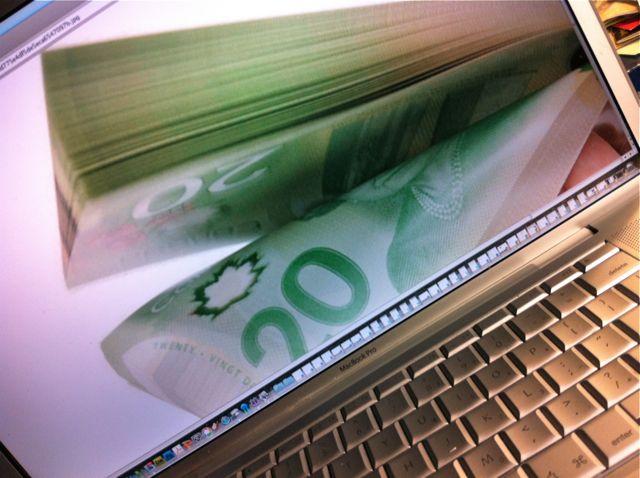 money computer, monetize, blogsitestudio.com